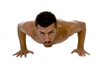 מתאמן עושה שכיבות שמיכה -תמונה באדיבות: FreeDigitalPhotos.net / imagerymajesti